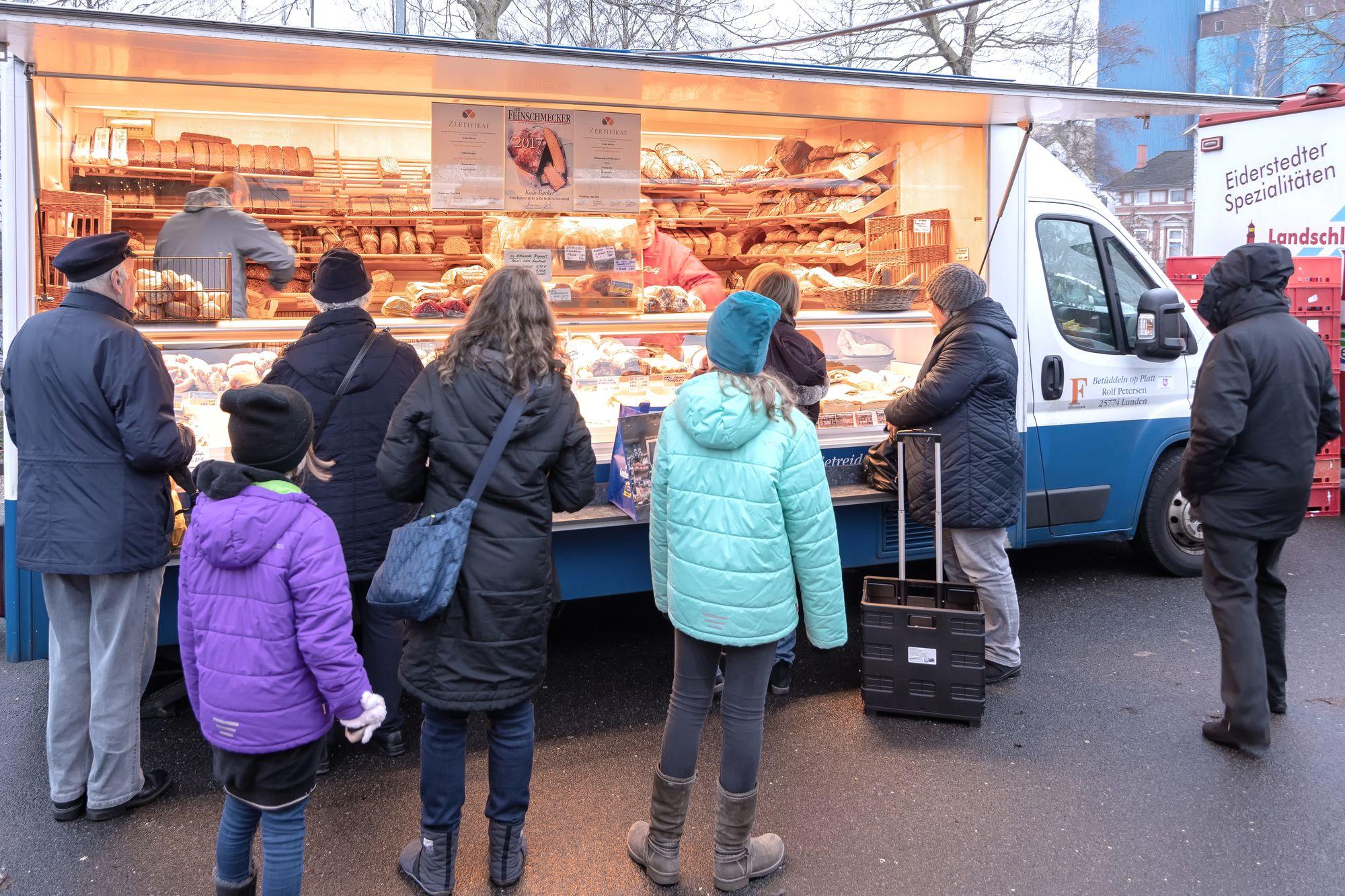 Wochenmarkt Brötchen Pinneberg
